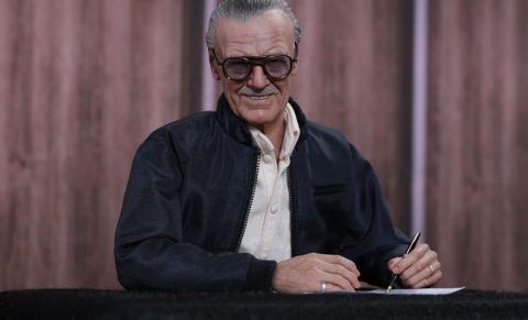 stan-lee-sixth-scale-hot-toys-feature-902580
